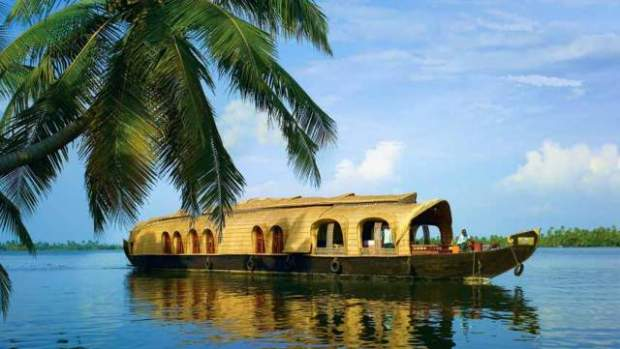 Houseboats-at-Kerala-Backwaters